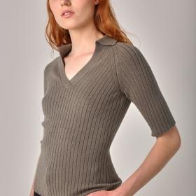 Лёгкая вязанная блузка Поло цвета Хаки